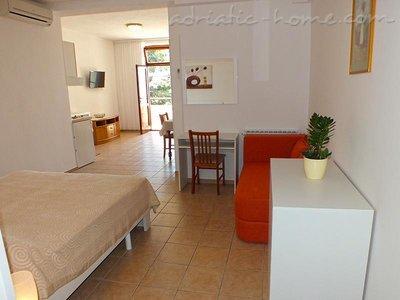 Studio apartment AnRi 2 36269, Brela, , Region Split-Dalmatia