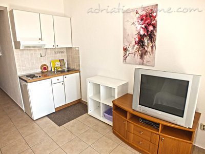 Studio apartment AnRi 4 36279, Brela, , Region Split-Dalmatia