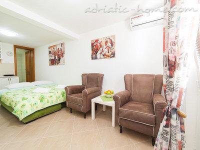 Studio  DELAC, Dobrota 36549, Kotor, , Priobalni dio (Crna Gora)