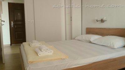 Apartmani Lubarda Apartmani - Apartman br.1 36923, Bijela, Herceg Novi, Priobalni dio (Crna Gora)