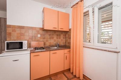 Studio apartman Robert S-1 37019, Gradac, , Splitsko-dalmatinska županija