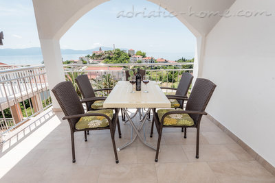 Leiligheter Robert A-4 37027, Gradac, , Split-Dalmatia regionen