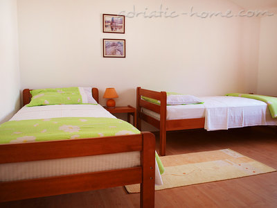 Kuća Ceja 37491, Medulin, , Istarska županija