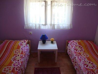 Dom Suić 37561, Malinska-Dubašnica, , Kvarner Region