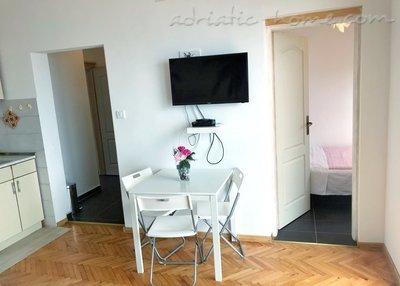 Leiligheter Zmukic (Apartman PALMA) 37615, Bijela, , Priobalni dio (Crna Gora)