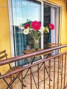 Studio Apartment Zmukic (Apartman MARE) 37618, Bijela, , Priobalni dio (Crna Gora)