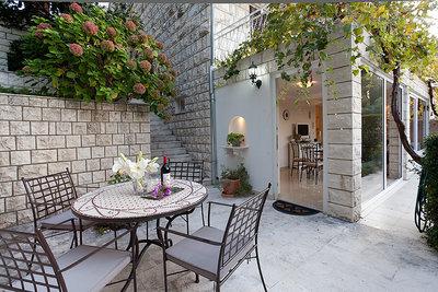 Apartmaji Villa La Perla 5723, Cavtat, , Regija Dubrovnik