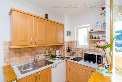 Apartamentos SWALLOWS NEST 1 5815, Lapad, Dubrovnik, Provincia Dubrovnik-Neretva