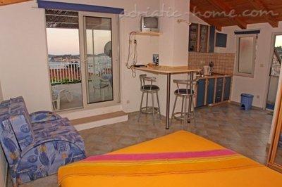 "Studio Apartament BADOLJO - ""Studio"" 6394, Grad Hvar, Hvar, Regiunea Split-Dalmatia"