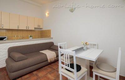 Appartamenti HABEK 3 6448, Basina, Hvar, Regione di Spalato - Dalmazia