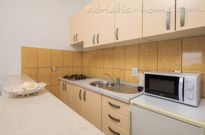 Апартаменти HABEK 4 6449, Basina, Hvar, Сплит-Далмация