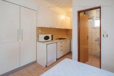 Квартира-студия HABEK VI 6457, Basina, Hvar, Сплит-Далмация