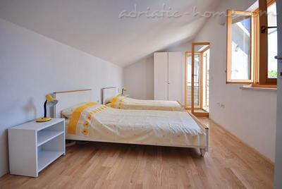 Apartamentos MIODRAG II 6886, Borik, Zadar, Região de Zadar
