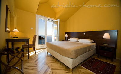 "Apartamente SIPA ""D"" 7589, Ploče, Dubrovnik, Regiunea Dubrovnic-Neretva"