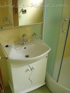 Apartamenty SANDRA III*** 7611, Tivat, , Priobalni dio (Crna Gora)