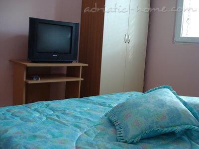 Apartamente SANDRA I*** 7615, Tivat, , Priobalni dio (Crna Gora)