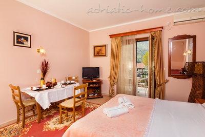 Studio Apartment BOGDANOVIĆ II 7745, Kotor, , Priobalni dio (Crna Gora)
