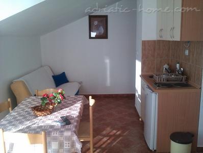 Apartamente VILLA LAZAREVIĆ II 7903, Kotor, , Priobalni dio (Crna Gora)