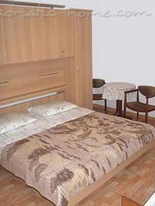 Apartamente VILLA SKALINADA III 7986, Brela, , Rajoni i Splitit/Dalmacisë