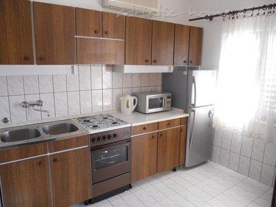 Apartments VILLA KANICA II 8164, Rogoznica, , Region Šibenik