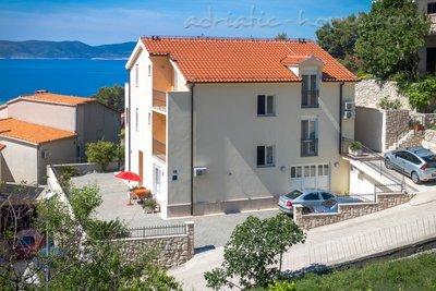Студио Апартамент DAVOR TOMAŠ 1 8334, Brela, , Сплит-Далмация
