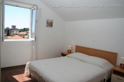 Апартаменти LINA 1 8483, Ploče, Дубровник, Дубровник-Неретва