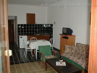 Apartments NJIVICE II 8623, Njivice, Krk, Kvarner Region
