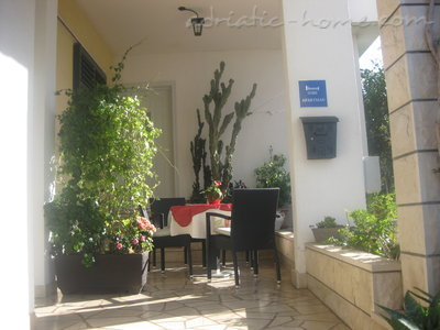 Apartamente Comfort Apartment with Terrace (5 - 6 Adults) 8950, Makarska, , Rajoni i Splitit/Dalmacisë