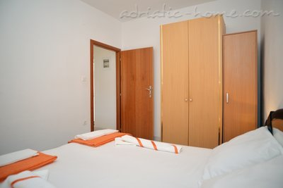 Appartementen LEPUR 8961, Vodice, , Regio Šibenik-Knin