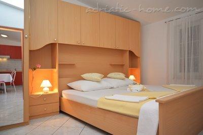 Appartementen LEPUR IV 8964, Vodice, , Regio Šibenik-Knin