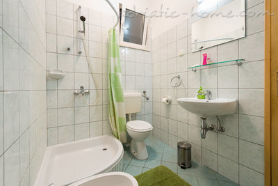 Apartment TONI - HOUSE KIRIGIN 8992, Ploče, Dubrovnik, Dubrovnik Region