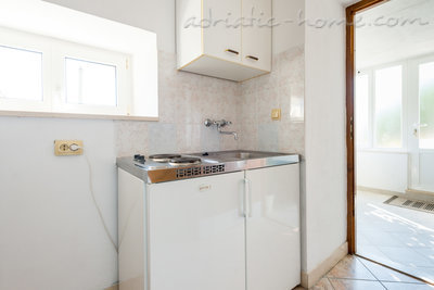 Studio apartment LUKA - HOUSE KIRIGIN 8993, Ploče, Dubrovnik, Dubrovnik Region