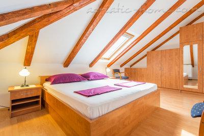 Apartment LILE - HOUSE KIRIGIN 8994, Ploče, Dubrovnik, Dubrovnik Region