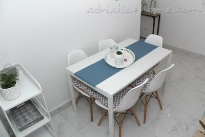 Apartamente 4+1 9271, Sv. Filip i Jakov, , Rajoni i Zarës