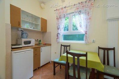Aпартамент Boskovic- Mini House for 4 persons 9387, Budva, , Priobalni dio (Crna Gora)