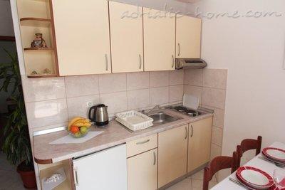 Apartments ANKA IV 9584, Sv. Filip i Jakov, , Zadar Region