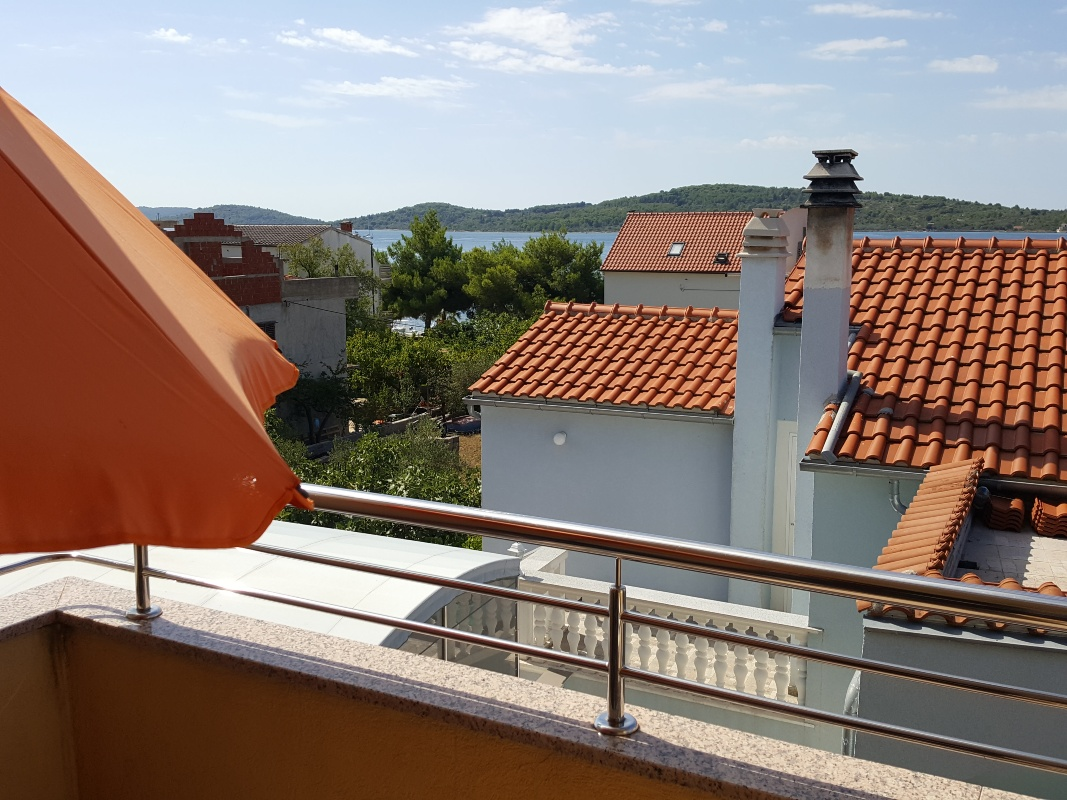 Apartman ALTER EGO - Modern, well equipped, comfortable  appmt close to Blue Flag beach, in quiet location with on-site parking 10150, Vodice, , Šibensko-kninska županija