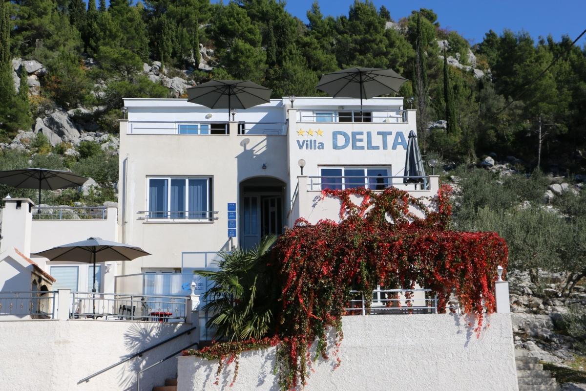 Apartamenty Villa DELTA IV 12172, Blace, , Region Dubrovnik