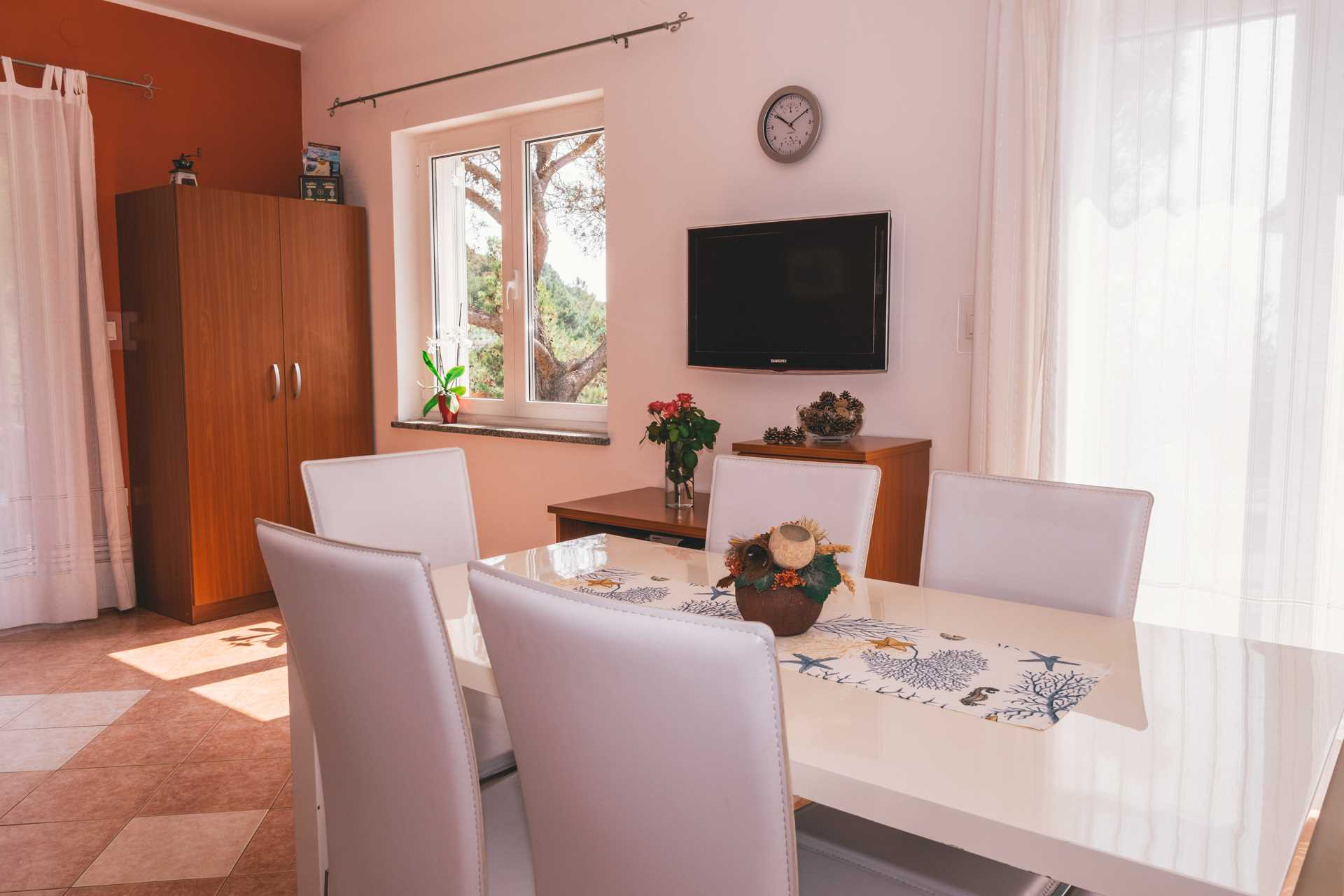 Ferienwohnungen Top floor apartment in Villa Majda, Brseč 12639, Brseč, , Kvarner Region