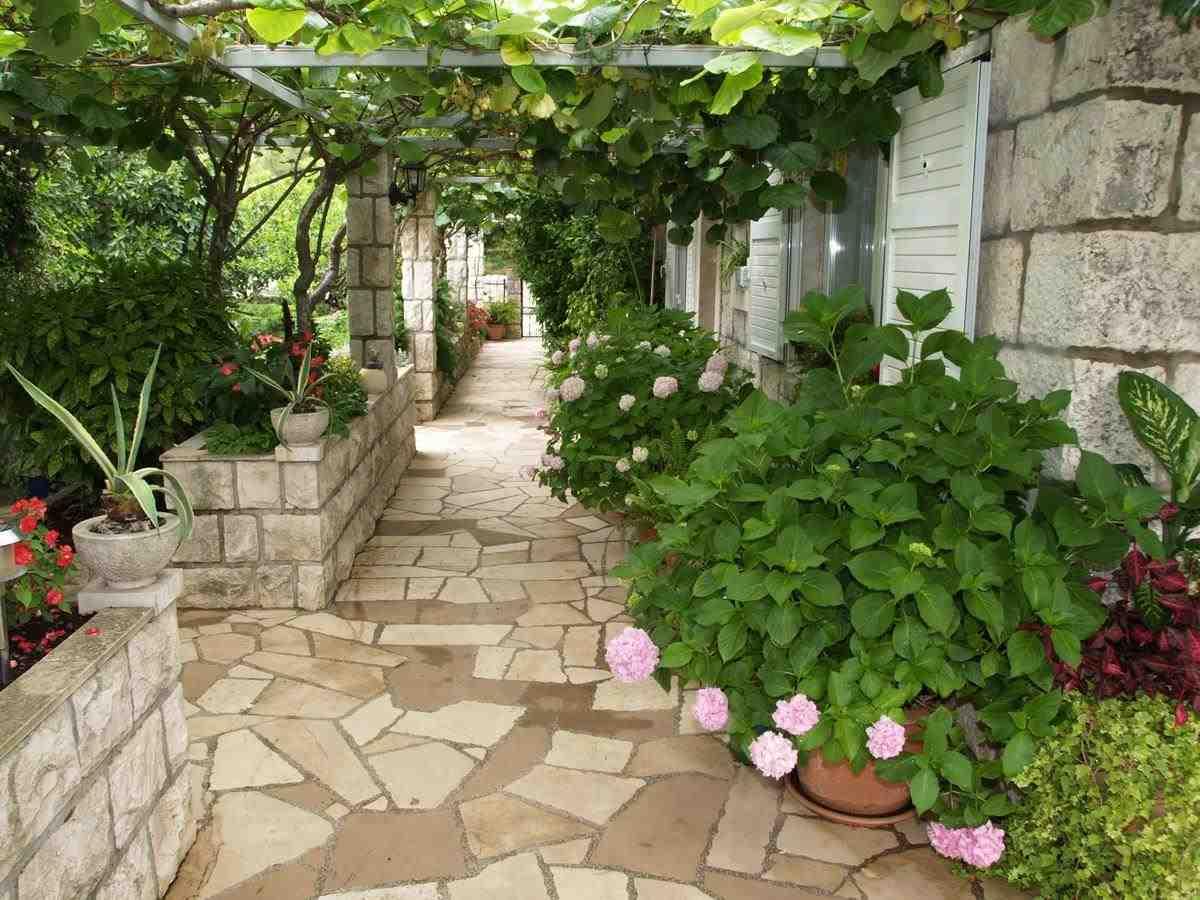 Leiligheter Flower's House - House in flowers 15063, Korčula, Korčula, Dubrovnik-regionen