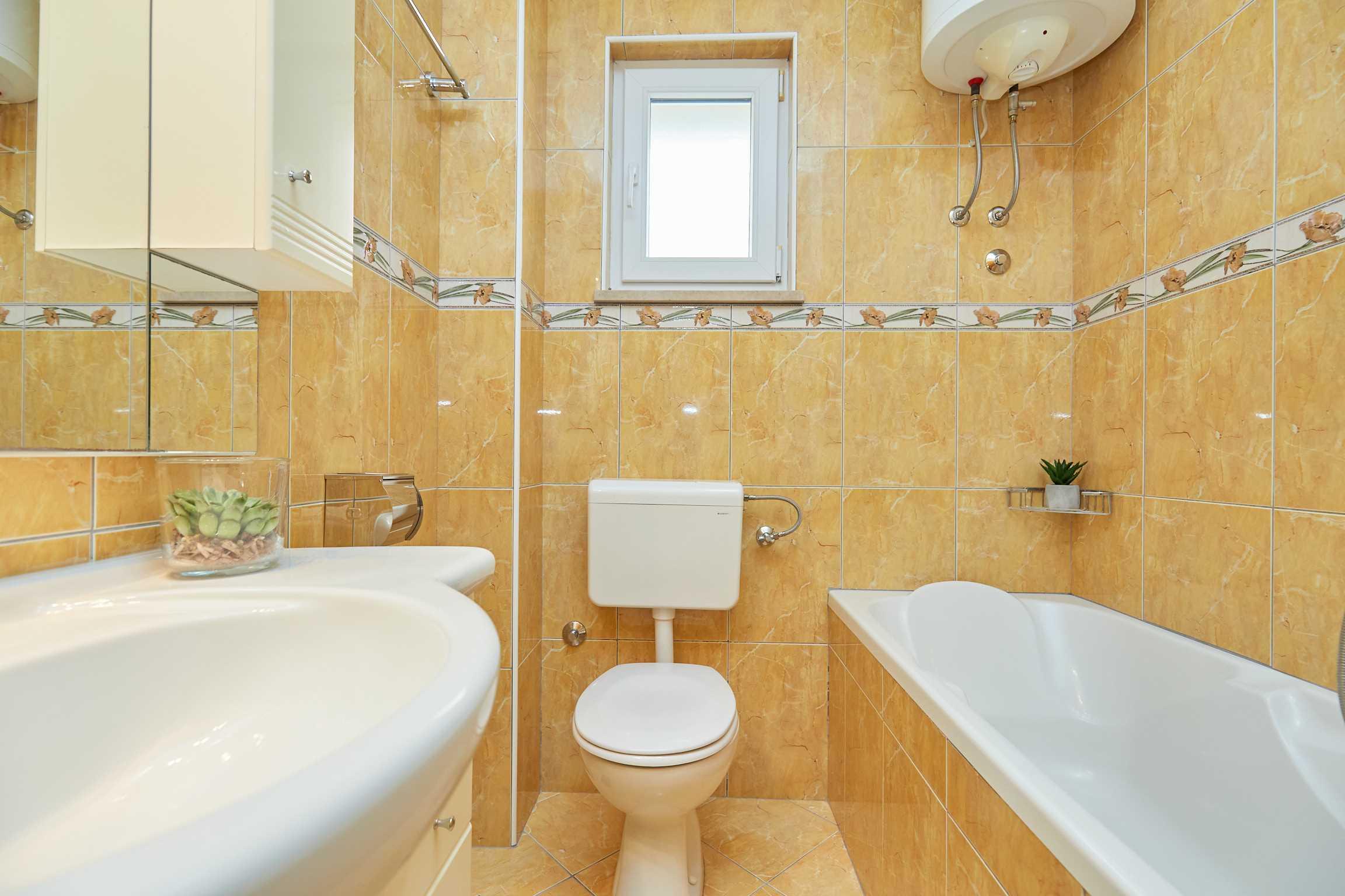 Aпартамент Yellow Apartment 2+2 50098, Tučepi, , Сплит-Далмация