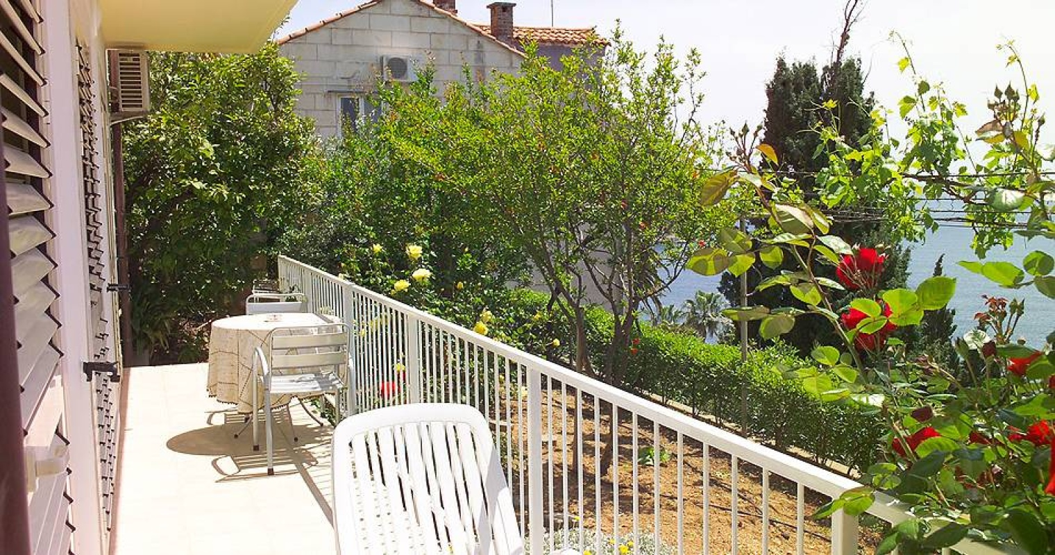 "Apartment SIPA ""C"" 7588, Ploče, Dubrovnik, Dubrovnik Region"