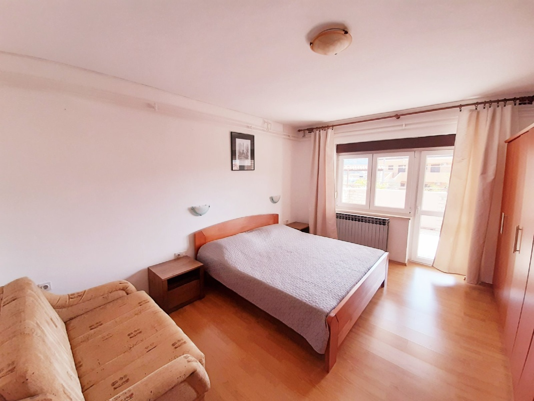 Apartamente APARTMAN-1 8375, Cres, Cres, Rajoni i Primorjes/Kotorit të Epërm