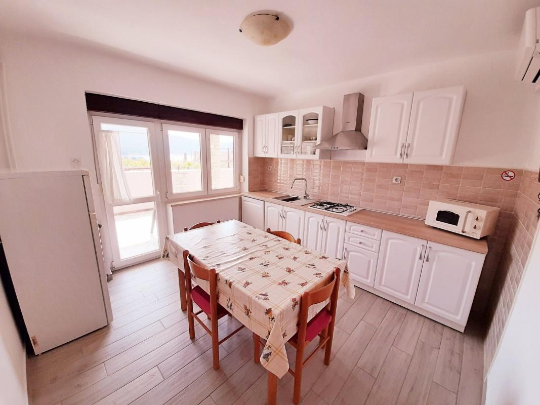 Apartamentos APARTMAN-1 8375, Cres, Cres, Primorsko-goranska