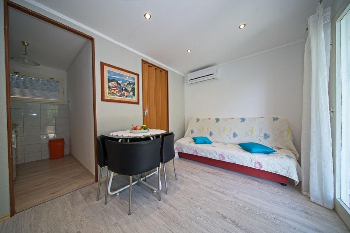 Apartment (2+2) Korčula, Korčula, Croatia