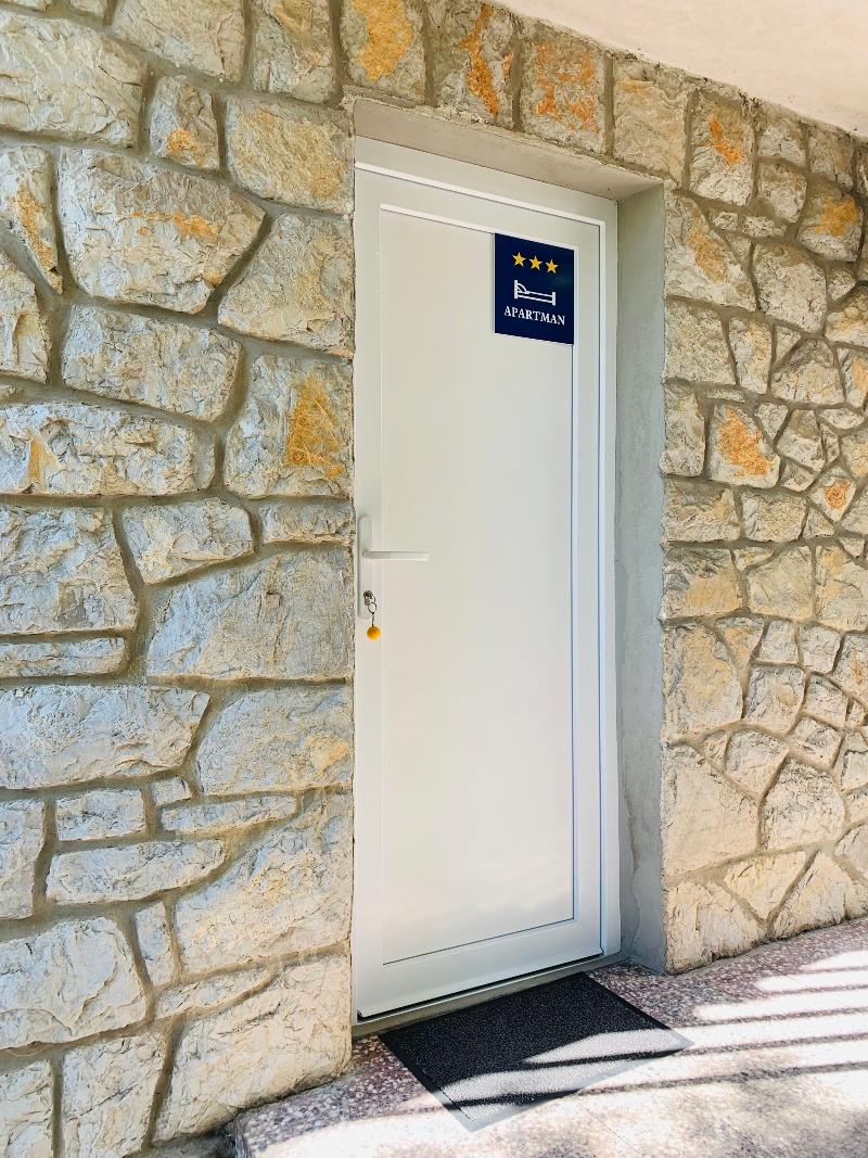 Apartamente Apartman A & M 11853, Njivice, Krk, Rajoni i Primorjes/Kotorit të Epërm