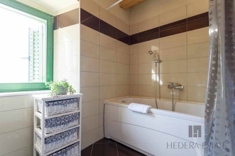House Hedera II