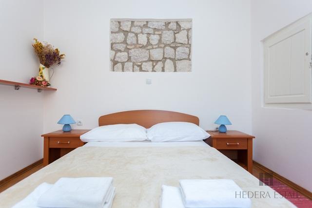 Hedera A34 353, Dubrovnik - Old Town, Dubrovnik, Dubrovnik region