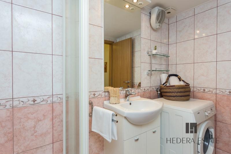 Hedera A21 406, Dubrovnik Stari Grad, Dubrovnik, Dubrovnik region