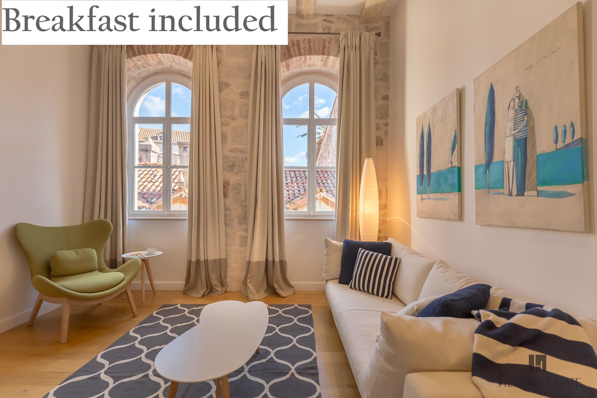 <p>Sleeps 4<br />1 bedroom<br />1 bathroom and an&nbsp;extra&nbsp;toilet<br />Kitchen, dining area and living room<br />Additional bed on the gallery<br />Located in&nbsp;the Old Town<br />Distance from beach: 50 meters</p>